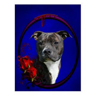 Pitbull Brindle con los rosas Tarjetas Postales