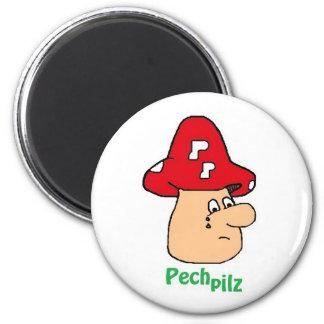 Pitch mushroom magnet