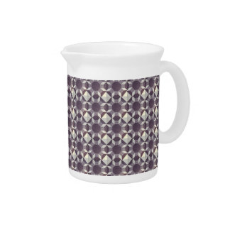 Pitcher - Purple and White Quilt Pattern