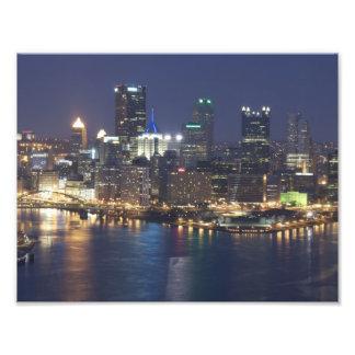 Pittsburgh en la noche impresión fotográfica