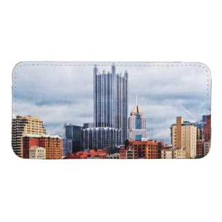 Pittsburgh PA Skyline iPhone 5 Pouch