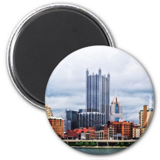 Pittsburgh PA Skyline 2 Inch Round Magnet
