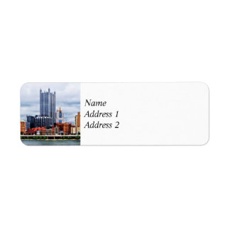 Pittsburgh PA Skyline Save the Date Label