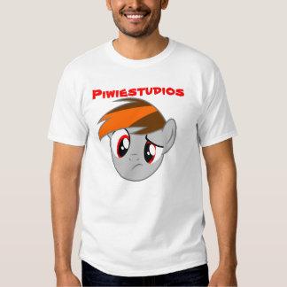 Piwiestudios - first shirt - Talla Mediana Playera