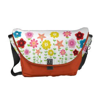 PixDezines diy background/cute floral Commuter Bag