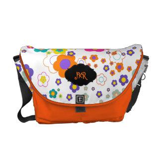 PixDezines groovy daisies/DIY background Courier Bag