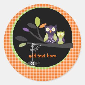 PixDezines Mommy+baby owl, halloween Classic Round Sticker