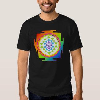 PixDezines sri yantra/chakra clearing/rainbow T Shirt