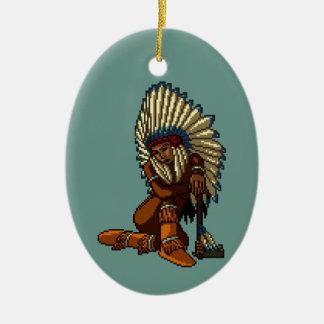 Pixel indio americano de la hacha de guerra de la adorno navideño ovalado de cerámica