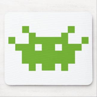 pixel monster oldschool gaming mousepad
