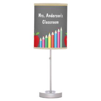 Pizarra con Apple y los lápices del color Lámpara De Mesilla De Noche
