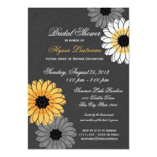 Pizarra gris y amarilla y ducha nupcial de las invitaciones personalizada