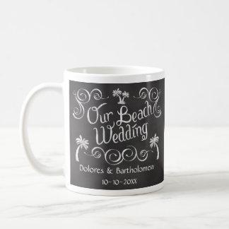 Pizarra nuestro boda de playa taza de café