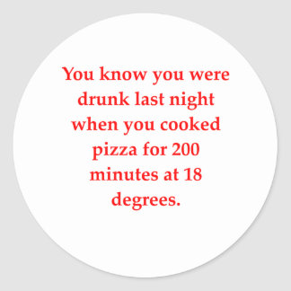 pizza borracha etiqueta redonda