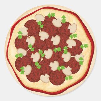 Pizza con los salchichones y las setas etiquetas redondas