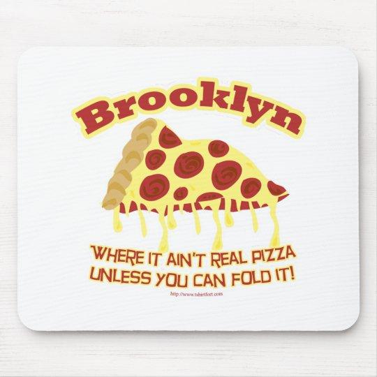 Pizza de Brooklyn Alfombrillas De Ratón