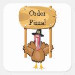 Pizza de la acción de gracias (personalizable) calcomania cuadradas