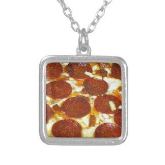 Pizza de salchichones pendiente personalizado