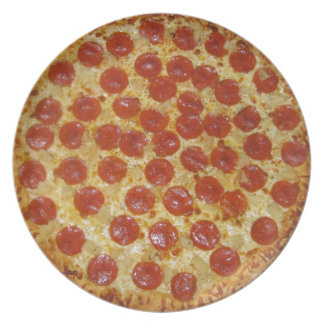 Pizza de salchichones plato de comida