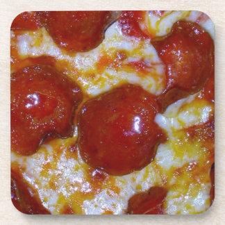Pizza de salchichones posavasos de bebida