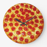 Pizza de salchichones reloj