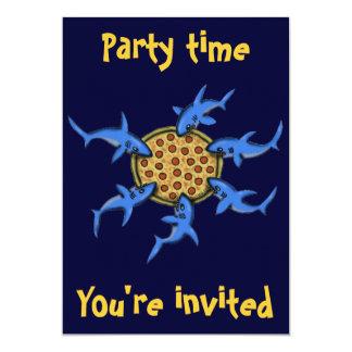 """Pizza divertida que come la tarjeta de la invitación 5"""" x 7"""""""