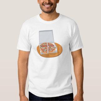 pizza en caja de la entrega remeras
