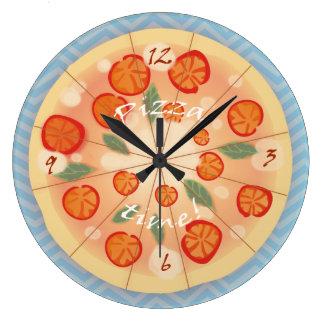 Pizza sabrosa de Margarita Reloj Redondo Grande