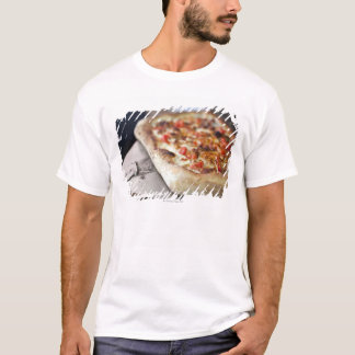 Pizza with tomatoes, garlic and meat substitute T-Shirt