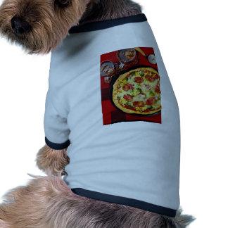 Pizza y bebidas deliciosas de salchichones prenda mascota