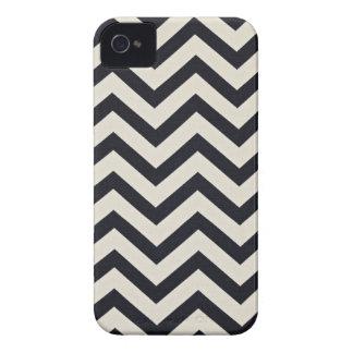 PJ's Chevron. Black and white pattern. iPhone 4 Case-Mate Case