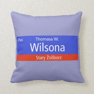 Plac Thomasa W. Wilsona, Varsovia, Sig polaco de l Almohadas