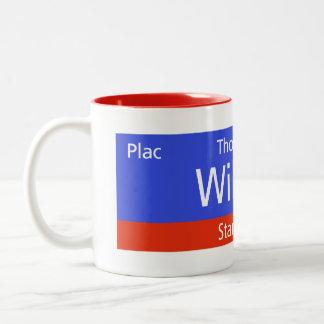 Plac Thomasa W. Wilsona, Varsovia, Sig polaco de l Tazas