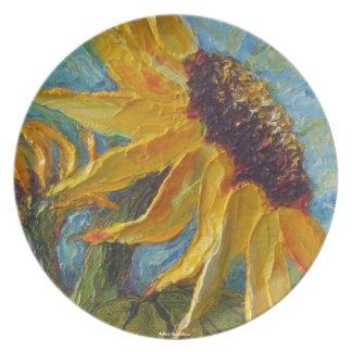 Placa amarilla del girasol platos