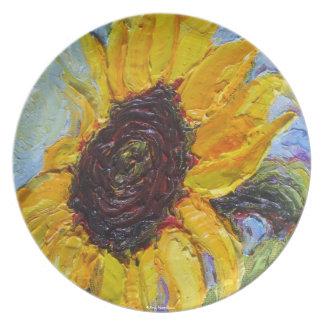 Placa amarilla del girasol platos de comidas
