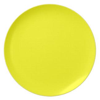 Placa amarilla platos de comidas