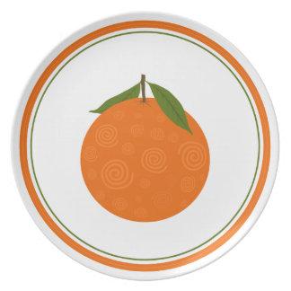 Placa anaranjada deliciosa plato de comida