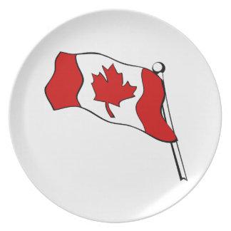 Placa canadiense de la bandera que agita platos para fiestas