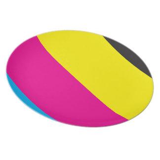 Placa colorida brillante de la raya del oro de las plato