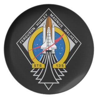 Placa conmemorativa del vuelo final del STS 135 la Platos Para Fiestas
