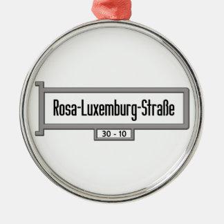 Placa de calle de Rosa-Luxemburgo-Strasse, Berlín Adorno Redondo Plateado