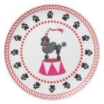 Placa de cena negra del caniche del circo de los á plato para fiesta