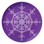 Placa de cena púrpura del copo de nieve del invier plato