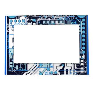 Placa de circuito azul marcos magnéticos