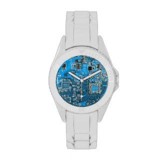 Placa de circuito del friki del ordenador - azul relojes