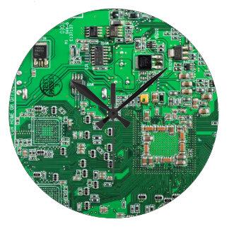 Placa de circuito del friki del ordenador - verde reloj redondo grande