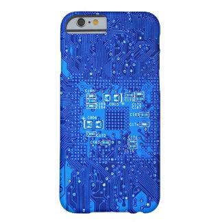 Placa de circuito en monocromo azul funda barely there iPhone 6