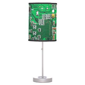 Placa de circuito verde del friki del ordenador lámpara de escritorio