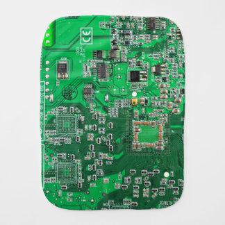 Placa de circuito verde del friki del ordenador paños para bebé