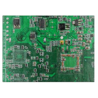 Placa de circuito verde del friki del ordenador tablas para cortar